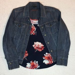 Maurice's floral tank, navy and burgundy. NWT, M.